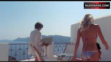 3. Valerie Quennessen Tits Flash – Summer Lovers