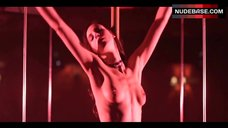 Anne Azoulay Pole Dance – Lea