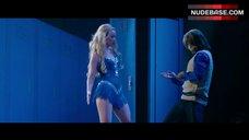 Olivia Wilde Sexy on Stage – The Incredible Burt Wonderstone