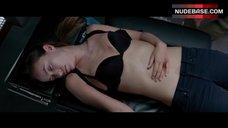 Olivia Wilde Unconscious in Bra – The Lazarus Effect