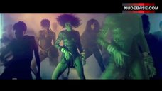 Rihanna Hot Dancing – Where Have You Been