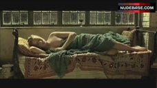 Evan Rachel Wood Boobs Scene – Across The Universe