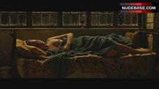 Evan Rachel Wood Sleeping Topless – Across The Universe