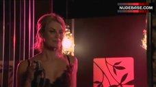 3. Diana Glenn Pussy Scene – Satisfaction