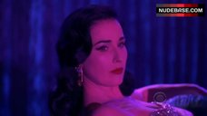 10. Dita Von Teese Sexy on Stage – Csi: Crime Scene Investigation