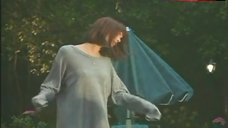 Polly Shannon Pokies – The Girl Next Door