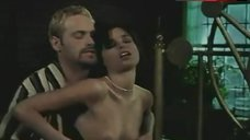 Polly Shannon Sex Scene – The Hunger