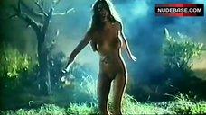 Amy Weber Full Naked – Dangerous Seductress