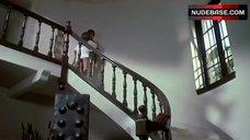 Natalie Wood Butt Exposed – Bob & Carol & Ted & Alice