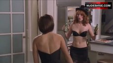 Alicia Witt Lingerie Scene – Two Weeks Notice
