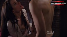 Gina Holden Hot Scene – Life Unexpected