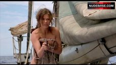 Jeanne Tripplehorn Hot Scene – Waterworld