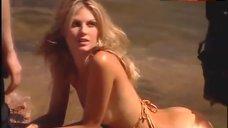 Angela Lindvall Erotic Photo Shoot – Sports Illustrated: Swimsuit 2004