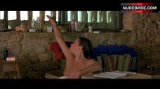 Liv Tyler Boobs Scene – Stealing Beauty