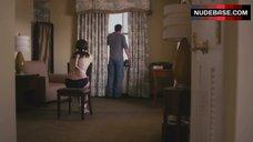 Liv Tyler Intim Scene – The Ledge
