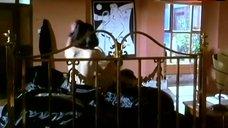 Joan Severance Side Boob – The Last Seduction Ii