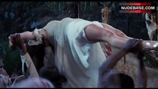 Jane Seymour Hot Scene – Live And Let Die
