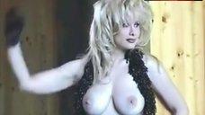 Rhonda Shear Boobs Scene – Rhonda Shear Photoshoot: Behind The Scenes