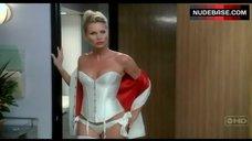 Nicollette Sheridan Sexy in Underwear – Desperate Housewives