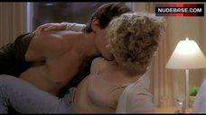 Elisabeth Shue Underwear Scene – Hollow Man