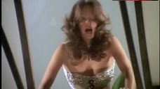 Jaclyn Smith Hot Scene – Charlie'S Angels