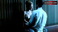 Jennifer Starr Shows Nude Boobs – Snake Skin Jacket