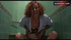 Carrie Snodgress Hot Scene – Murphy'S Law
