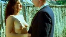 Eva Derrek Shows Boobs – Corpses