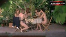 Robins nackt Laila  Nude celebs,