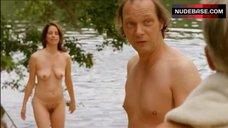 Stefanie Honer Naked on Beach – Barefoot To The Neck