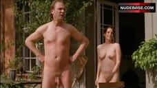 Höner bilder stefanie nackt Barfuß bis
