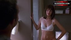 Amanda Peet Hot Scene – The Whole Ten Yards