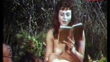 Caterina Alt Nude Picnic – Alle Dame Del Castello Piace Fare Solo Quello