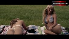 Sara Jean Underwood in Bikini – Zellwood