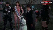 Alejandra Gutierrez in Bikini – Reno 911!: Miami