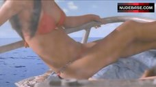 Sung Hi Lee in Bikini – National Lampoon'S Christmas Vacation 2