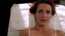Kristin Davis in Bra – Sex And The City