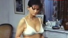 Claudia Cardinale Lingerie Scene – Le Cadeau