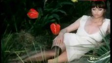 Claudia Cardinale Decollete – Blonde In Black Leather