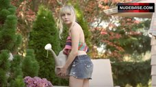 Lindsey Haun Erotic Scene – House Of Last Things