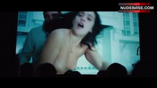 Natalie Martinez Intim Scene – Broken City