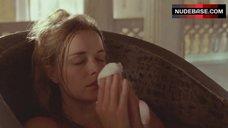 1. Lucy Brown Nude in Bathtub – Sharpe'S Challenge