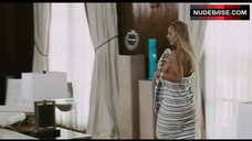 4. Simona Fusco Completely Nude – The Pool Boys