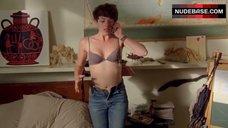 Olivia Thirlby Hot Scene – Nobody Walks