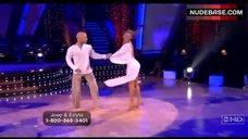 1. Edyta Sliwinska Danse in Bikini – Dancing With The Stars