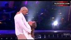 10. Edyta Sliwinska Danse in Bikini – Dancing With The Stars
