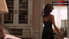 10. Perrey Reeves in Sexy Nightie – Entourage