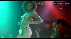 Ellen Ewusie Topless Striptease – Masters Of Horror