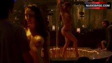 4. Shamron Moore Shows Naked Breasts – Entourage