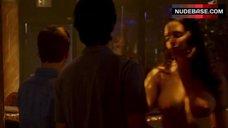 7. Shamron Moore Shows Naked Breasts – Entourage